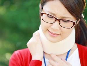むち打ち・首の痛み写真